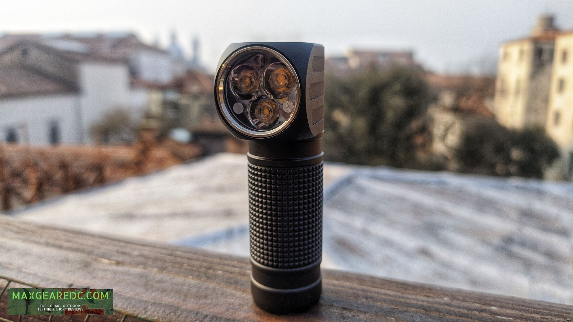 Lumintop_HL3A_Flashlight_Review_SST20_18650_maxgearedc.com_EDC_GEAR_OUTDOOR_TESTING_and_SHORT_REVIEWS_3