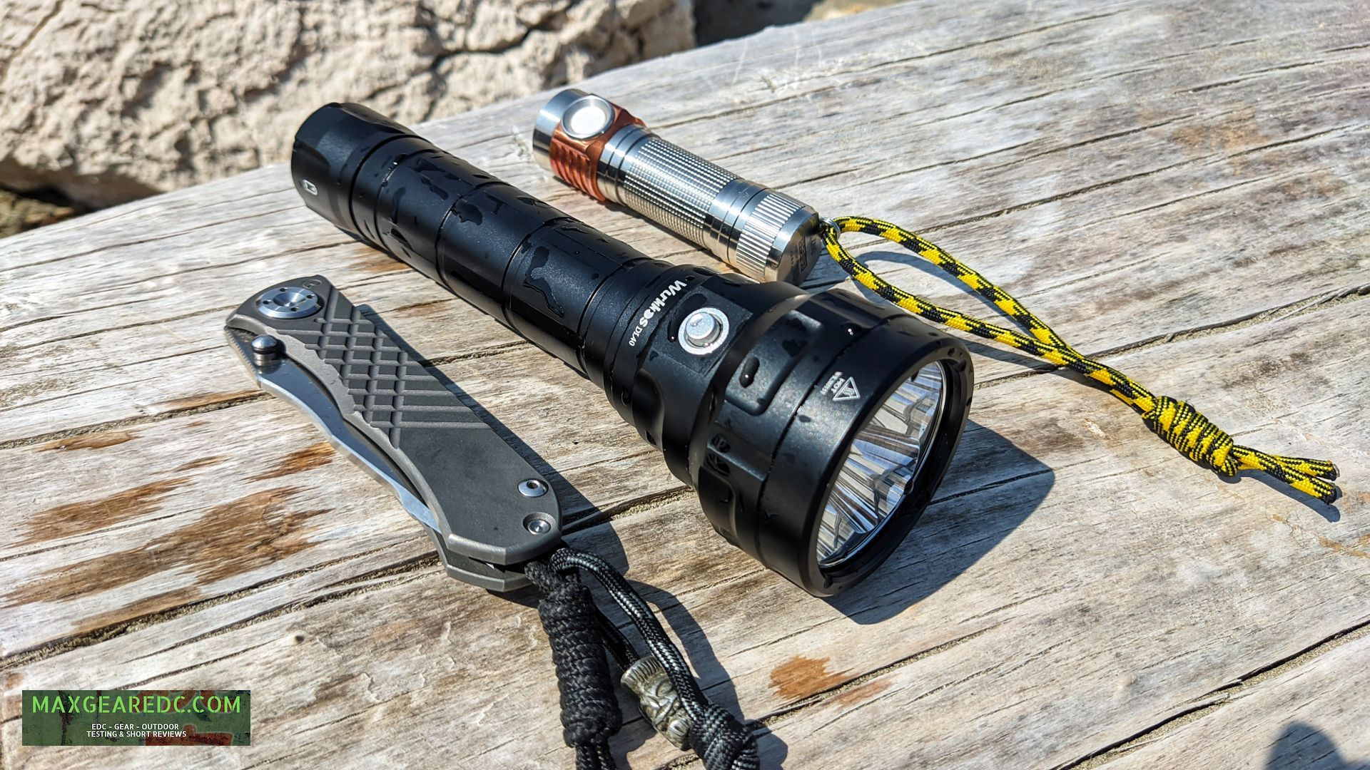 Wurkkos_DL40_Diving_Flashlight_Review_Aluminium_26650_maxgearedc.com_EDC_GEAR_OUTDOOR_TESTING_and_SHORT_REVIEWS_20