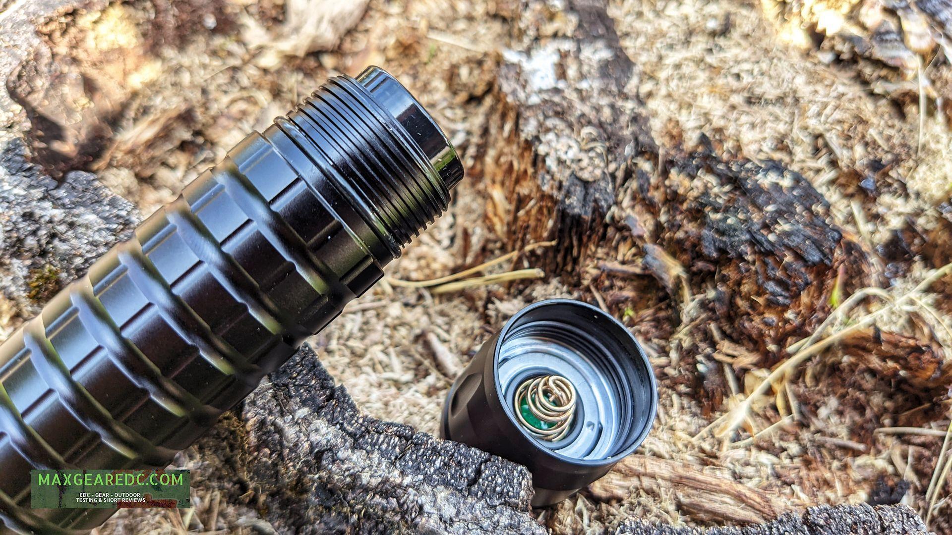 Sofirn_SF47W_flashlight_Review_21700_thrower_maxgearedc